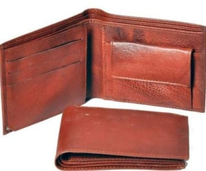 Mens Red Leather Bifold Wallet