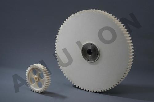 White Round Polyamide Gears
