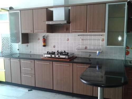 Modern Kitchen with Attractive Finish