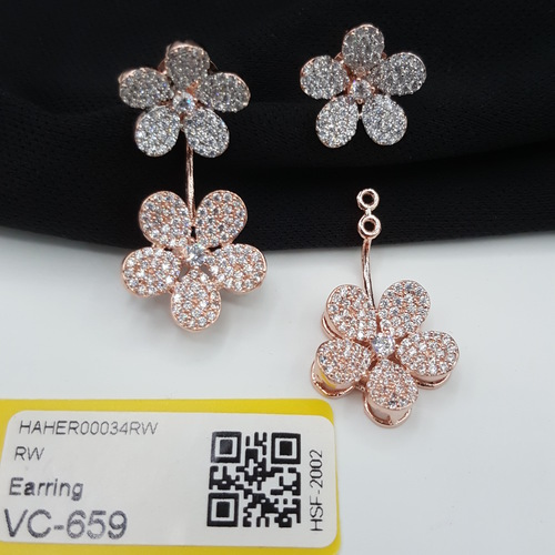 Attractive Pattern AD Earings