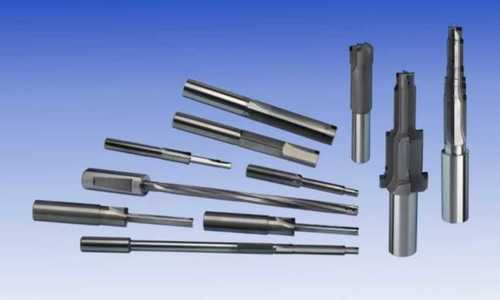Pcd Reamers And Inserts Capacity: 100 Pcs/Min