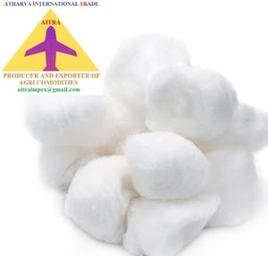 White Raw Cotton With Seeds