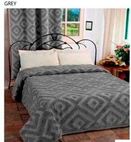 Elegant Look Bed Cover