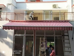 Foldable Shade For Commercial And Domestic