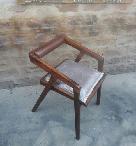 Polished Cafe Wooden Chair (Lac 3924)