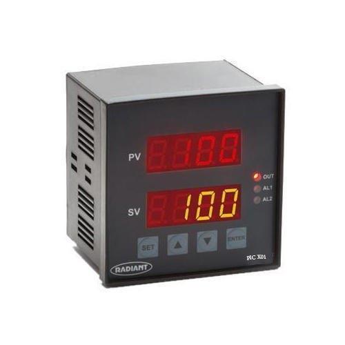 Digital Temperature Controller With 7 Segment Display