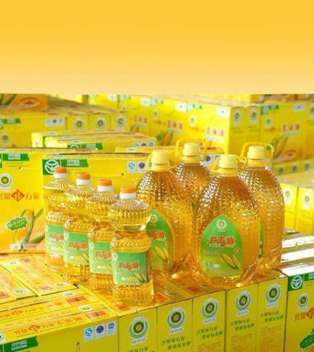 Clear, Transparent Refined Corn Oil for Cooking and Seasoning