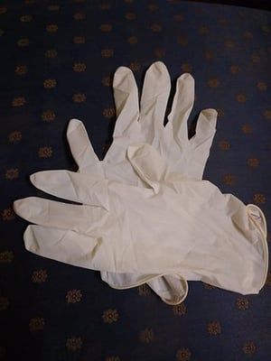 Disposable Rubber Hand Gloves