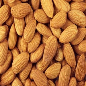 Healthy and Natural Almond Kernels