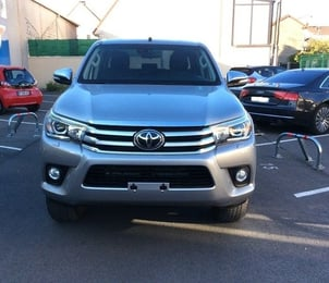 Used Toyota Hilux Double Cabin Car