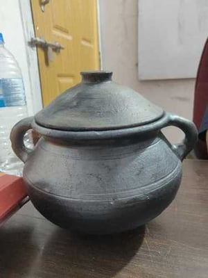 Earthenware Pot 8 To 15 L
