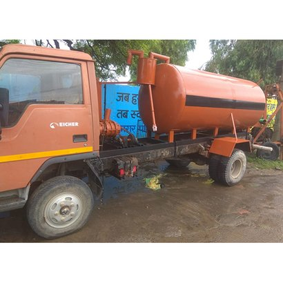 Truck Mounted Septic Tank Application: Industrial