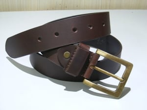 Men's Brown Leather Belt With Pin Buckle
