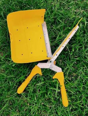 Tea Plucking Shear With Durable Plastic Tray With Plastic Handle