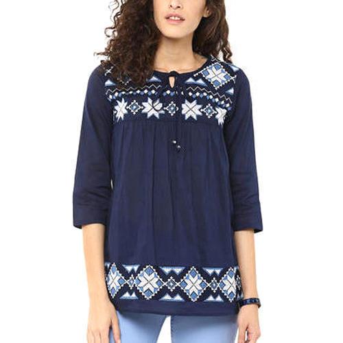 Ladies 3/4th Sleeves Cotton Plain Tops