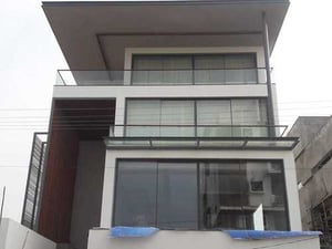 Transparent Aluminum And Glass Railing For Offices And Residential