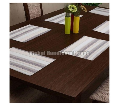Eco Friendly and Attractive Design Table Mat