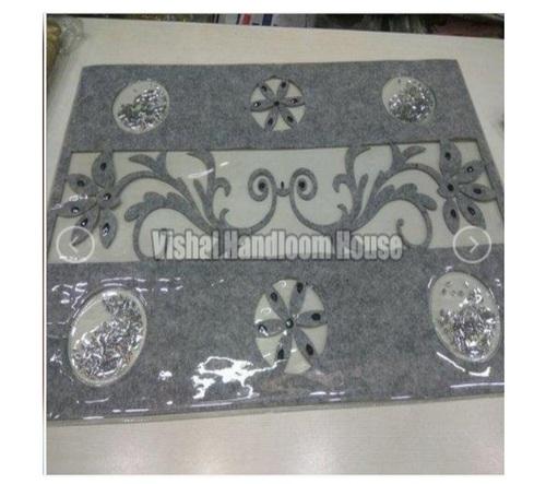 Grey Color Rectangular Shape Dining Table Mat