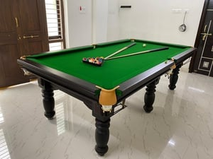Wooden Pool Table For Indoor Game
