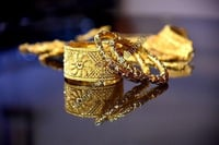 Plain And Printed Gold Bangles And Kada Set For Ladies, Round Shape, Scratch Resistant
