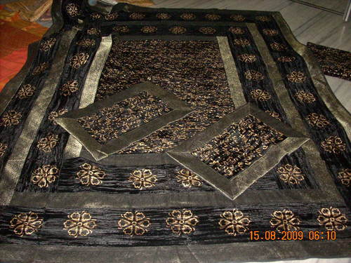 Appealing Look Printed Bed Covers