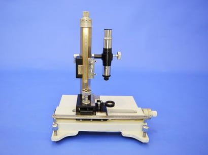 Travelling Microscope Model Tvm-03 Certifications: Iso 9001: 2015 Ce
