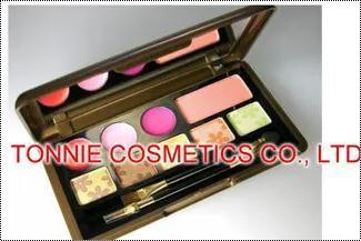Ladies Multicolor Eyeshadow Palette