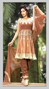 As Per Demand Ladies Designer Sleeveless Suit