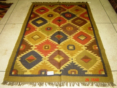 Chain Stitch Rugs In New Delhi Delhi Lucky Enterprises