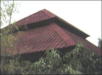 BROWN CORRUGATED TILES