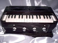 Teak Wood Musical Harmoniums
