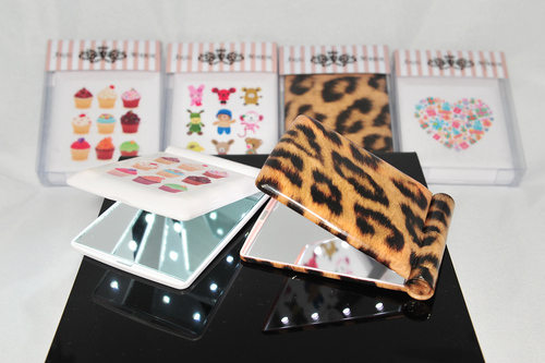 Various Colors Are Available Led Make Up Mirror