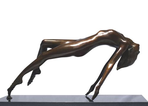 Designer Bronze Women Sculpture