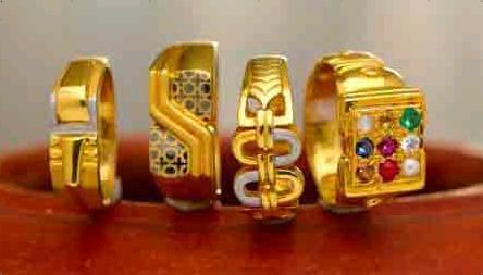 Aesthetic Gold Rings