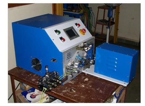High Speed Wire Cutting, Stripping And Twisting Machine