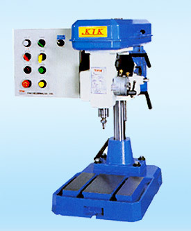 Gear-Screw Automatic Tapping Machine