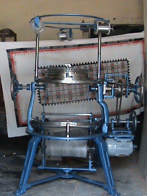 Knitting Machine in  Old Subzi Mandi