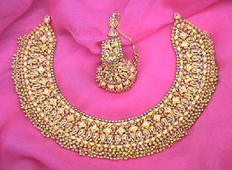 online fancy n earrings wear low plated in dp india with party elegant set jewellery bold gold crystal necklace buy pendant black prices at