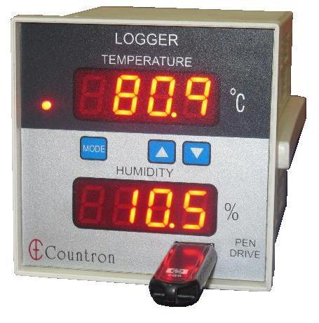 Humidity and Temperature Logger using USB