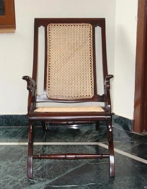 Colonial Folding Chairs