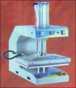 Pneumatic Machine in  Tilak Nagar