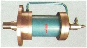 Rotating Cylinder With Swivel Joint