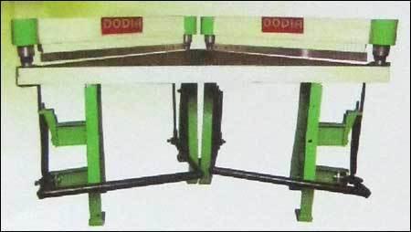 Power And Paddle Operator Shearing Machine