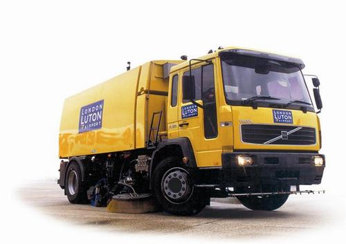 Chassis Mounted High Speed Runway Vacuum Sweepers