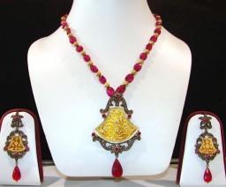 Diamond Victorian Set