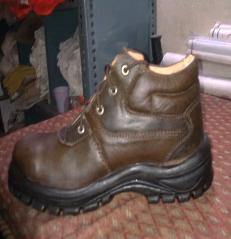Grain Leather Tuskar Shoes in  Hauz Qazi