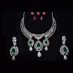 Heavy Diamond Necklace With Green Stone At Best Price In Delhi