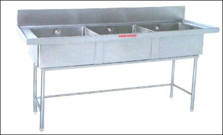 Triple Sink Unit