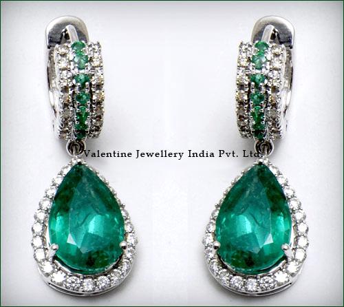 Exclusive Huggies Diamonds And Emerald Earrings