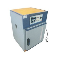 Laboratory Use Oven